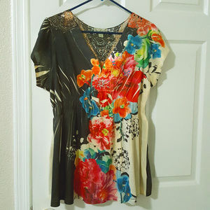 Short Sleeve Floral Top with Metal Accents